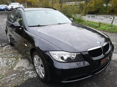 gebraucht BMW 320 i Touring Access Steptronic