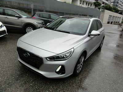 gebraucht Hyundai i30 1.4 T-GDI Passion +