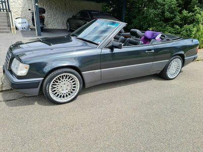 gebraucht Mercedes E300 E-Klasse 300 CE-24 CabrioCE-24 Cabrio