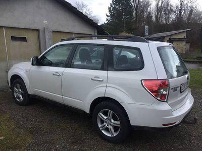 gebraucht Subaru Forester mit Panoramadach und Anhängerklupplung