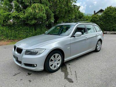 gebraucht BMW 320  i Touring Steptronic