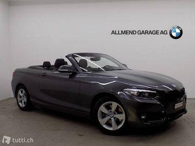 gebraucht BMW 220 i Cabrio LCI