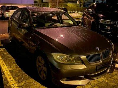 gebraucht BMW 330 3er *** Frisch ab Service / xi Sport / 5.500 CHF ***