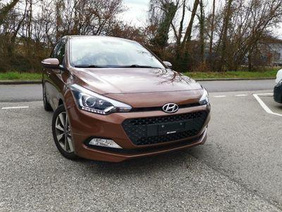 gebraucht Hyundai i20 1.2 Plena
