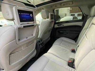 gebraucht Cadillac SRX 3.6 320PS