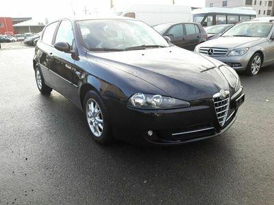 gebraucht Alfa Romeo 147 147 1.6 Benzin 2010 b041.6 Benzin 2010 b04