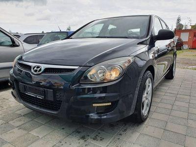 gebraucht Hyundai i30 Wagon 1.4 Comfort