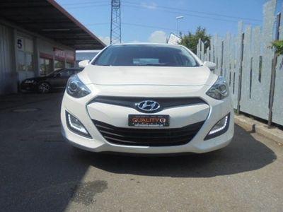 gebraucht Hyundai i30 1.6 CRDi Premium