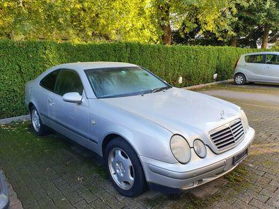 gebraucht Mercedes CLK320 Avantgarde