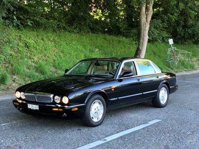 gebraucht Jaguar XJ8 3.2