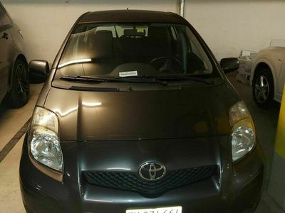 gebraucht Toyota Yaris 1.33 VVT-i Look1