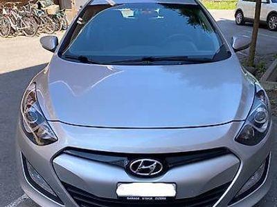 gebraucht Hyundai i30 GDI Style, 1.6L