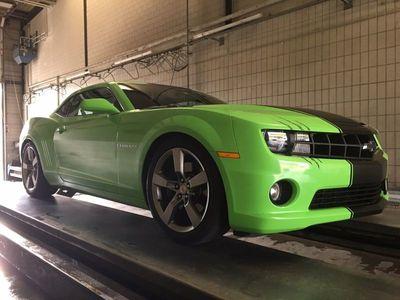 gebraucht Chevrolet Camaro 6.2 V8 grün foliert