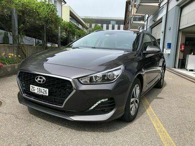 gebraucht Hyundai i30 Wagon 1.4 T-GDi Amplia DCT