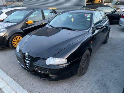 gebraucht Alfa Romeo 147 1471.6 TS 16V JG 2002 Klima