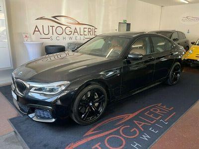 gebraucht BMW 750  i xDrive Steptronic * M - Sportpaket * Shadow Line Black * Schiebedach *