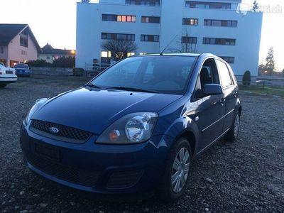 gebraucht Ford Fiesta 1.4 16V / nur 112000km