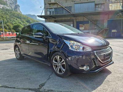 gebraucht Peugeot 208 1.6 VTI Allure Beschadigt