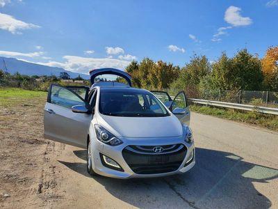 gebraucht Hyundai i30 1.6 CRDi Premium Automatic