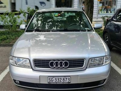 gebraucht Audi A4 2.4 Benzin