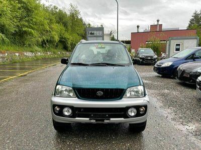 gebraucht Daihatsu Terios 110000 km 2003 4x4 13 Benzin
