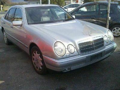 gebraucht Mercedes E280 E-KlasseElégance 4-Matic Automatic