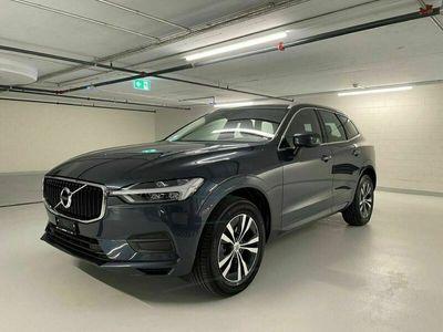 gebraucht Volvo XC60 2.0 B4 MH Momentum AWD