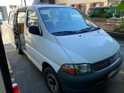gebraucht Toyota HiAce 2.7 4WD