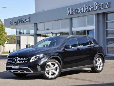 gebraucht Mercedes GLA220 GLA-Klasse X156Urban 4m