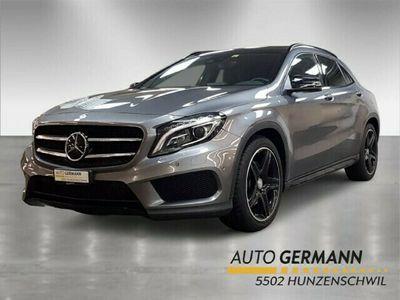 gebraucht Mercedes GLA250 AMG Line 4m