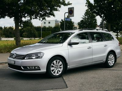 gebraucht VW Passat 1.4 TSI Trend, 110'000 km, Farbe: silber