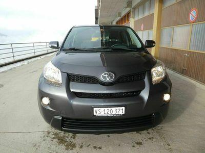 gebraucht Toyota Urban Cruiser Urban Cruiser1.4 D-4D Linea Luna 4WD