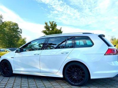 gebraucht VW Golf Variant 2.0 TSI R 4 Motion DSG