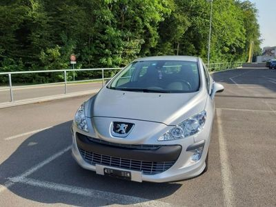 gebraucht Peugeot 308 1.6 16V T Millesim 200
