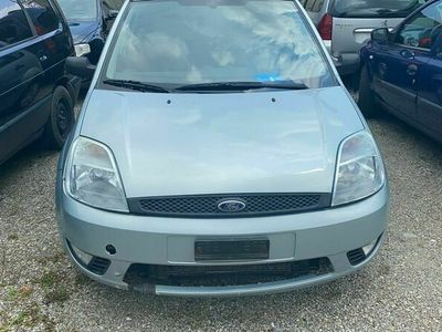 gebraucht Ford Fiesta 1,4