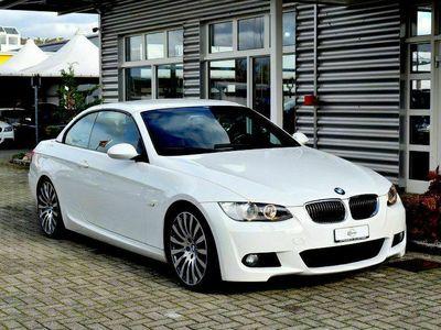 gebraucht BMW 325 Cabriolet 3er i Steptronic / M-Sportpaket / Traum Farbkombination in Weiss/Braun