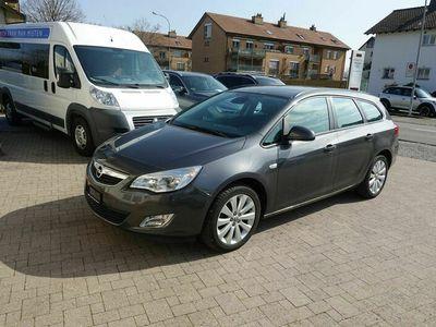 gebraucht Opel Astra Astra SportsTourer 1.4i 16V Turbo Enjoy AutomaticSportsTourer 1.4i 16V Turbo Enjoy Automatic