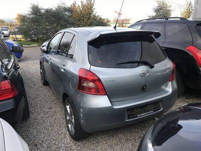 gebraucht Toyota Yaris 1.3.B04 Jg 24.05.2006 Km 143026