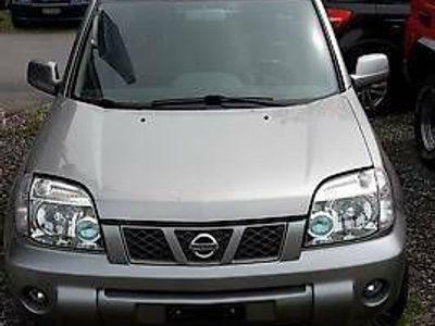 gebraucht Nissan X-Trail Auto ab MFK, guter Zustand inkl. AK, Motor defekt