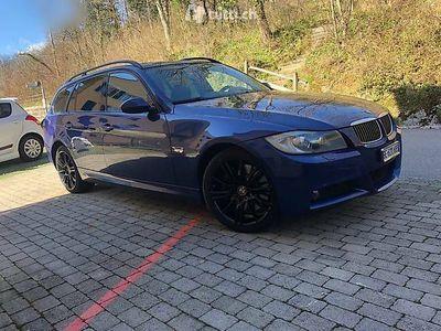 gebraucht BMW 330 3er x Driever 4x4 M Paket Auto Läuft tipptopp