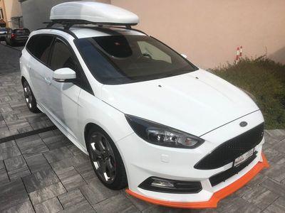 gebraucht Ford Focus 2.0 SCTi ST2