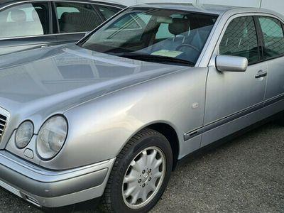 gebraucht Mercedes E280 E-Klasse MercedesFrisch ab MFK und Service