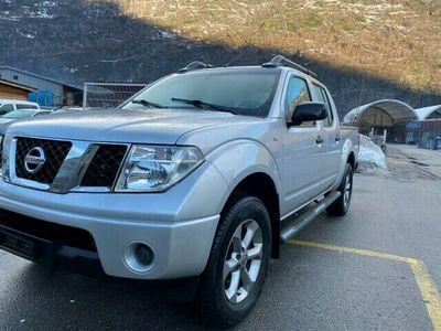 gebraucht Nissan Navara Double Cab XE 2.5 dCi 4WD