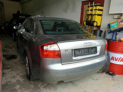 gebraucht Audi A4 3.0l Für Ersatzteile ohne Katalysator