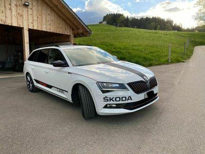 gebraucht Skoda Superb Combi 2.0 TDi Sport Line 4x4 DSG