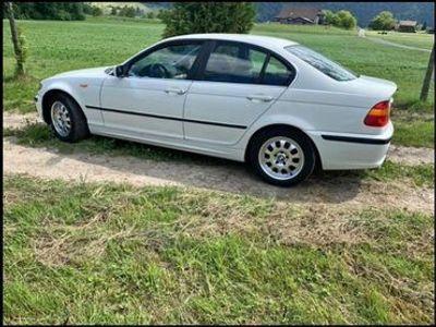 gebraucht BMW 325 3er i