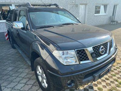 gebraucht Nissan Navara Double Cab SE 2.5 dCi 4WD