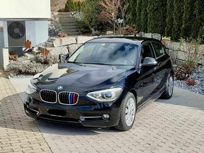 gebraucht BMW 116 1er 116i Sport Line (Limousine) 1er i Sport Line (Limousine)