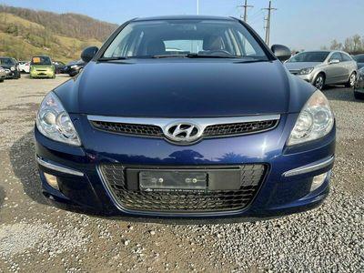 gebraucht Hyundai i30 Wagon 1.6 Comfort