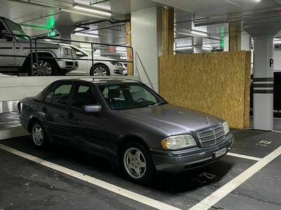 gebraucht Mercedes C200 C-Klasse- 1994 - Manuell - W202